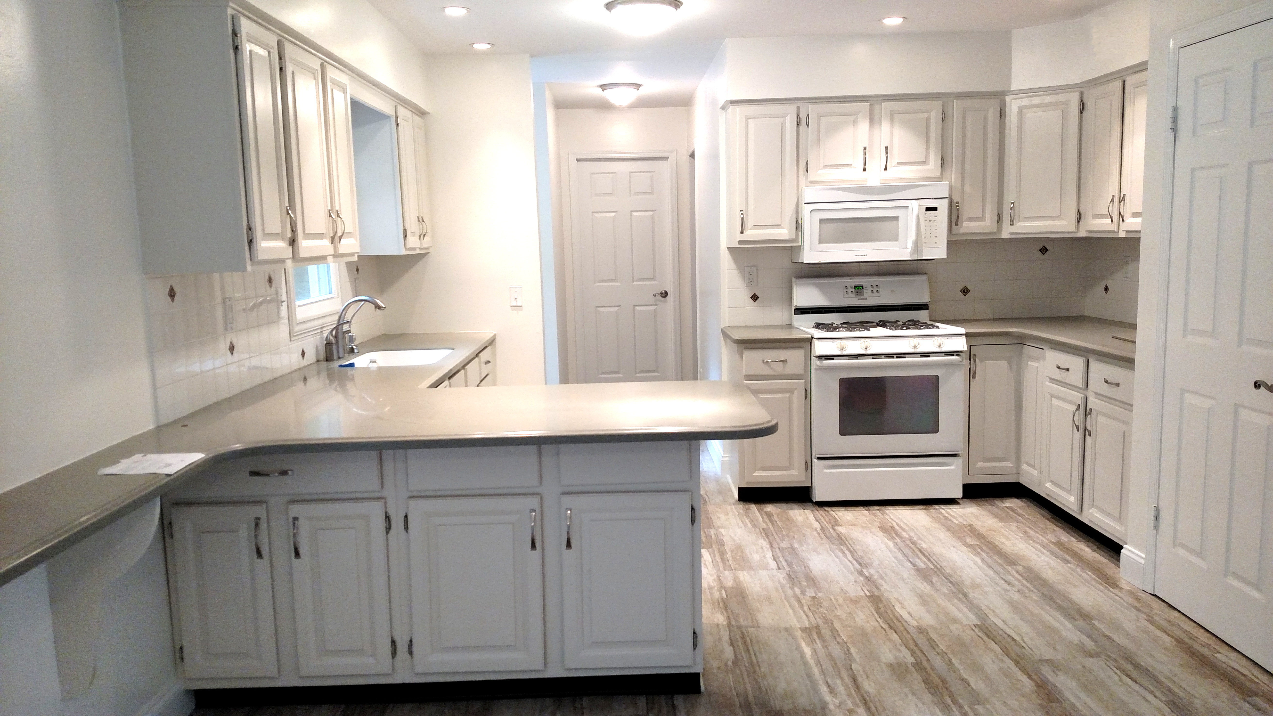 kitchen cabinets refinishing project before and after. Black Bedroom Furniture Sets. Home Design Ideas